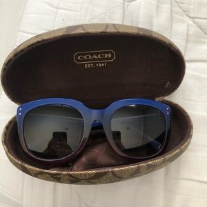 Coach sunglasses with case & cloth
